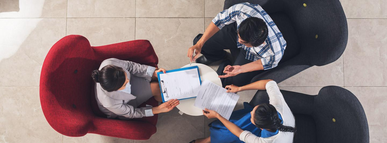 Anunţuri imobiliare: care sunt aşteptările vânzătorilor, ale cumpărătorilor şi ale agenţilor